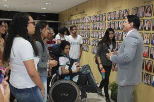 Visitas de alunos - Foto Jaciguara Cruz - Mat 02 (6)